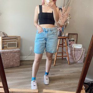 Vintage Levi's 550 Light Wash Relaxed Denim Shorts